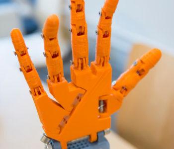 mao-robotica-em-3d--impressao-3d-em-curitiba